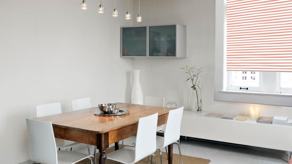 Moderne Rollos nach Maß für Küche und Balkontür selbst gestalten ...