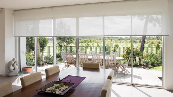 rollo natur rollos nach ma in sch nen naturfarben f r. Black Bedroom Furniture Sets. Home Design Ideas